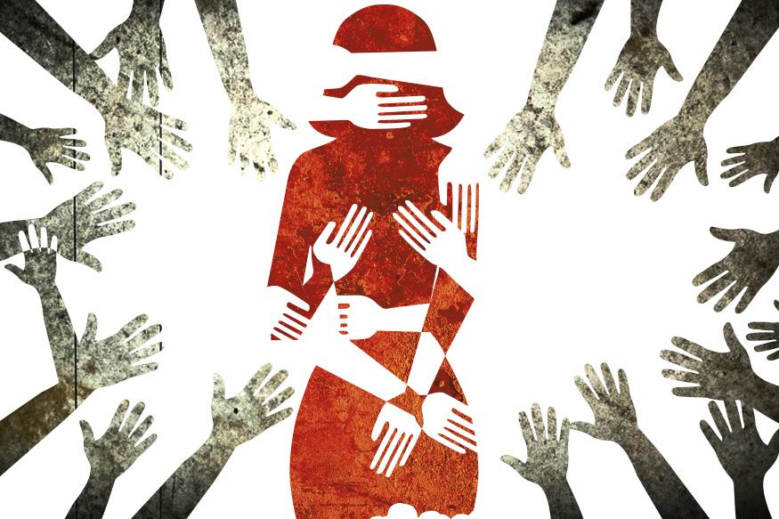 पोलिसांनी दिलेल्या माहितीनुसार, मुलीचा सगळ्यात मोठा भाऊ हा 22 वर्षांचा आहे. त्यादिवशी हा प्रकार झाला तेव्हा त्याने पीडित मुलीला शाळेत न पाठवता आपल्या काकाच्या घरी घेऊन गेला. तिथे त्याने तिच्यावर बलात्कार केला. त्यानंतर 40 वर्षीय काकानेही तिच्यावर बलात्कार केला. आरोपींनी पीडितेवर अप्राकृतिक कृत्य केल्याचं ऑटोप्सी रिपोर्टमध्ये समोर आलं आहे.