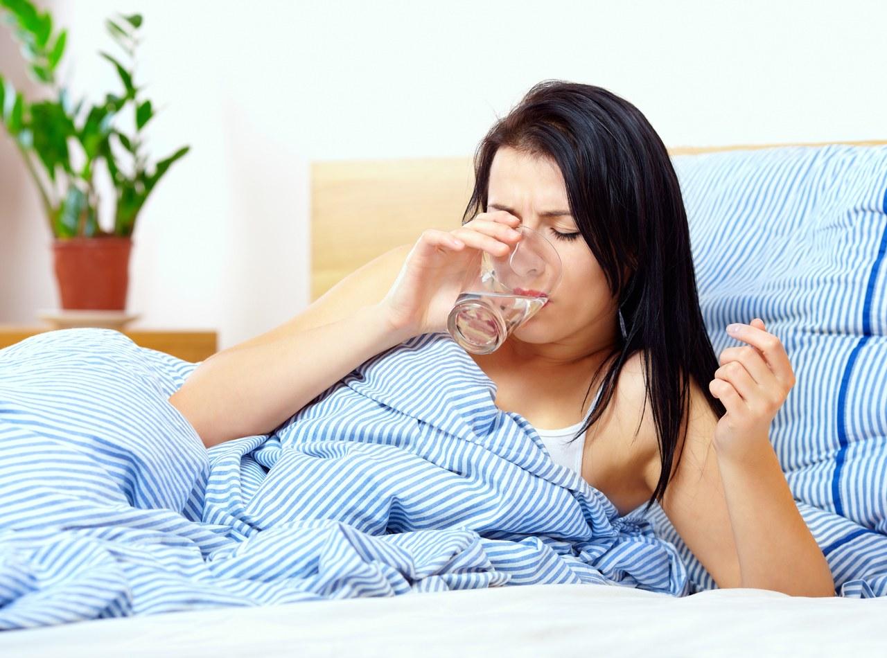 प्रत्येक व्यक्तीप्रमाणे पाणी प्यायचं प्रमाण बदलत असलं, तरी सर्वसाधारण दिवसाला 4 लीटर पाणी प्यायला हवं असं संशोधकांचं म्हणणं आहे.