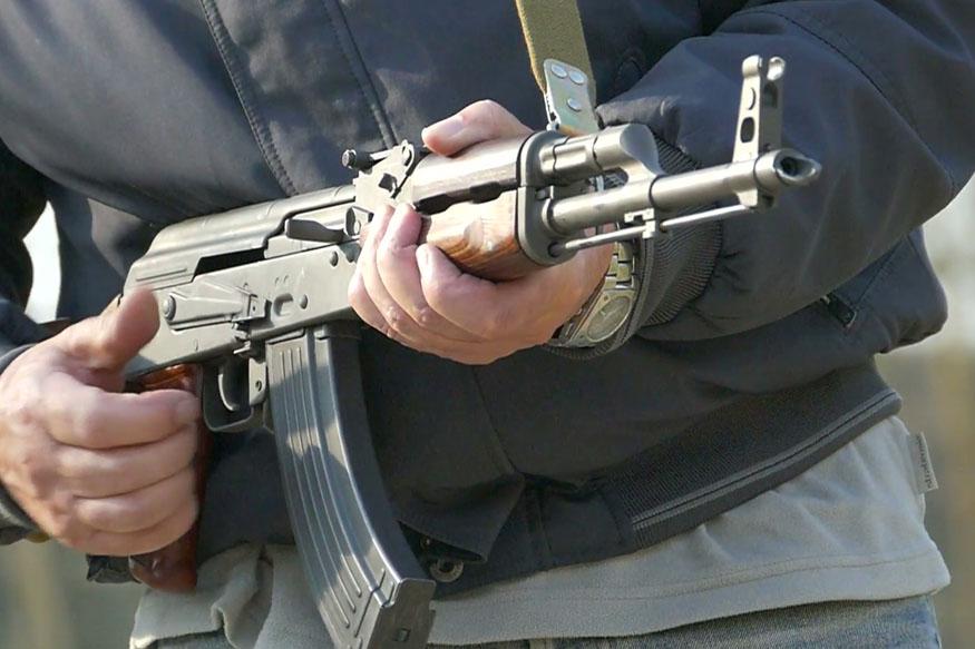 सीआरपीएफ जवानाचा आपल्याच सहकाऱ्यांवर गोळीबार, 3 जणांचा मृत्यू