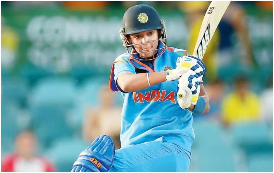 हरमन भारतीय टी२० टीमची कर्णधार आहे. हरमनप्रीत ७ मार्च २००९ मध्ये टीम इंडियामध्ये पदार्पण केले. याच दिवशी तिने पाकिस्तानविरुद्ध पहिला एकदिवसीय सामना खेळला होता. १३ ऑगस्ट २०१४ मध्ये हरमनने इंग्लंडविरुद्ध कसोटी सामन्यात पदार्पण केलं होतं.