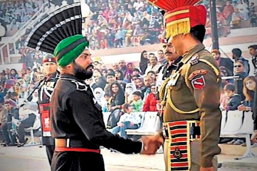 यानंतर 2010 मध्ये अमरजीत सिंह नामक शीख तरुणाची पाक सैन्यात रेंजर पदावर नेमणूक झाली होती. अमरजीत वाघा बॉर्डरवरील परेडच्या वेळी दिसले होते. त्याबरोबरच अजून एक शीख युवक पाकिस्तानी कोस्ट गार्डमध्ये भरती झाला होता.