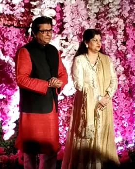 महाराष्ट्र नवनिर्माण सेनेचे अध्यक्ष राज ठाकरे आणि त्यांच्या पत्नी