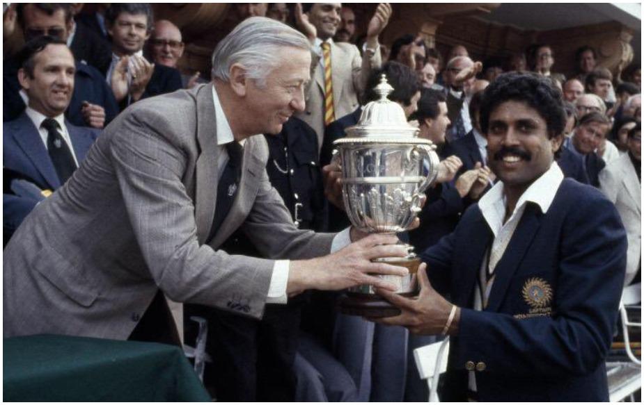 भारतीय संघाला पहिला विश्वचषक मिळवून दिला तो, 1983ला कपिल देव यांच्या ड्रिम टीमनं . त्यावेळी भारतीय संघाचं वय होतं, 27.2 वर्ष. त्या संघात सुनील गावस्कर (33) सर्वात अनुभवी फलंदाज होते. तेव्हा रवी शास्त्री युवा फलंदाज होते.