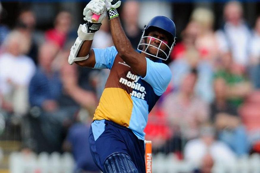 वेस्ट इंडिजचा दिग्गज फलंदाज शिवनारायण चंद्रपॉलने टी20 त वादळी खेळी करत द्वीशतक साजरं केलं. 44 वर्षीय फलंदाजाने आंतराष्ट्रीय क्रिकेटमधून निवृत्ती घेतली आहे. त्याने 76 चेंडूत 210 धावा केल्या.