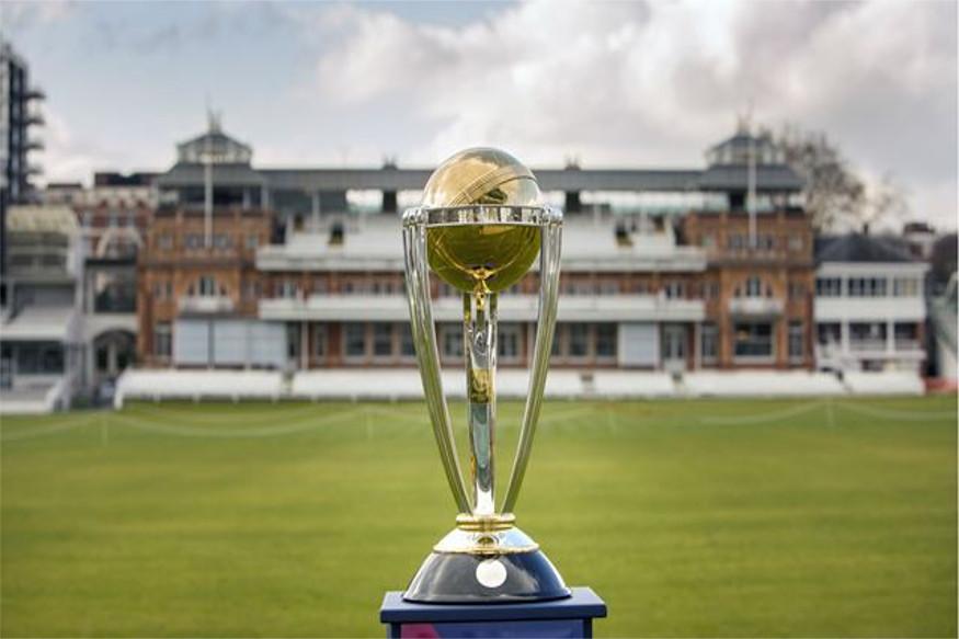 क्रिकेटच्या विश्वातील सर्वात मोठी स्पर्धा 30 मेपासून इंग्लंडमध्ये सुरू होत आहे. आयसीसी विश्वचषकासाठी सर्व संघानी आपल्या खेळाडूंची घोषणा केली आहे. दरम्यान एकीकडं भारतीय खेळाडू आयपीएलमध्ये व्यस्त असताना, एका खेळाडूनं टी-20 सामने न खेळण्याचा निर्णय घेतला आहे.