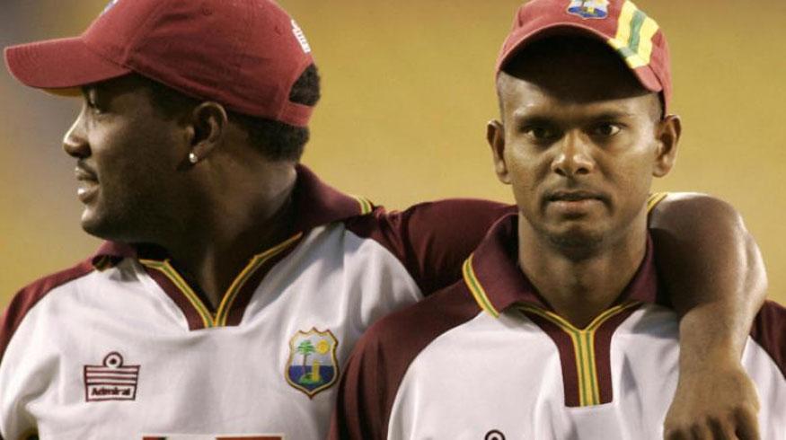 चंद्रपॉलने तीन वर्षांपूर्वी आंतरराष्ट्रीय क्रिकेटमधून निवृत्ती घेतली होती. तो देशांतर्गत क्रिकेट खेळत होता.
