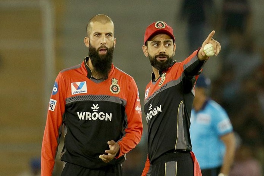 मुंबईचा कर्णधार रोहित शर्मा आणि राजस्थानचा कर्णधार अजिंक्य रहाणेला संथ गतीच्या षटकांचा फटका बसला आहे.