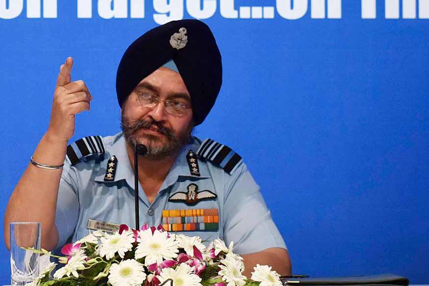 Air Strikeनंतर पाकिस्तानी विमानं भारताच्या हद्दीत घुसली? काय म्हणाले हवाई दल प्रमुख