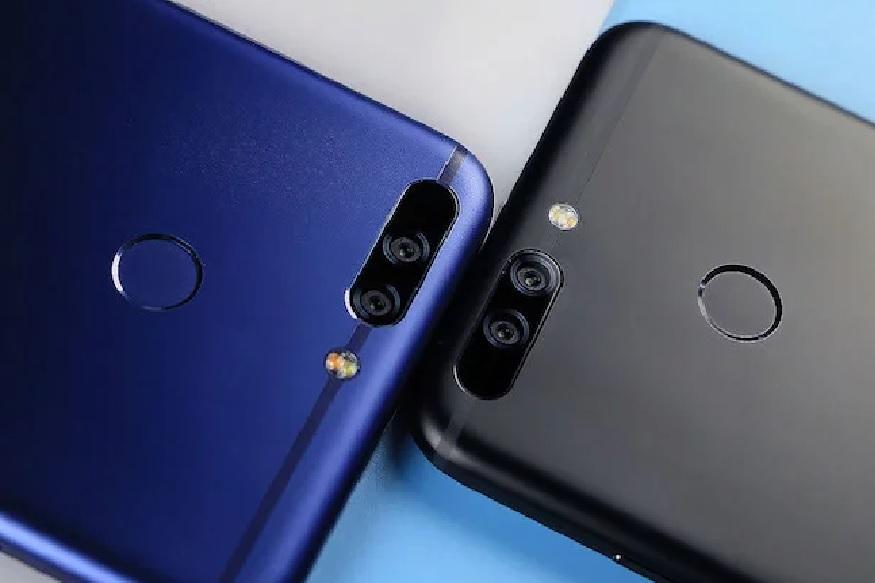 काळा आणि निळा अशा दोन रंगात उपलब्ध असलेला हा स्मार्टफोनमध्ये 13 मेगापिक्सल रियर कॅमेरा आणि सेल्फीसाठी 8 मेगापिक्सल कॅमेरा आहे. तर पावरसाठी 3,020mAh चा बॅटरी बसवण्यात आली आहे.