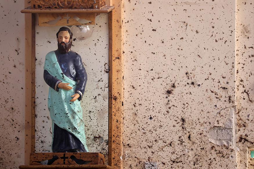 श्रीलंका स्फोट : त्या अतिरेक्याने बहीण आणि पत्नीचाही घेतला जीव