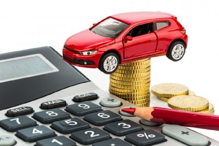 आजपासून कार खरेदी करणं महाग होणार आहे. टाटा मोटर्स, रेनो इंडिया, जगुआर लॅण्ड रोवर इंडिया (जेएलआर), महिंद्रा अँड महिंद्रा या कार्सच्या प्राॅडक्ट लाइनअपची किंमत वाढलीय.