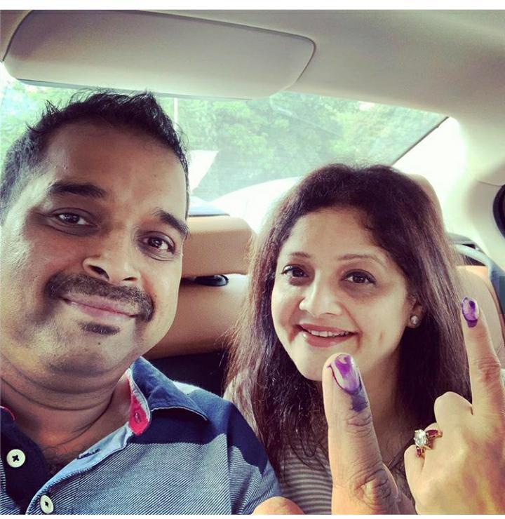 शंकर महादेवन आणि त्यांची पत्नी