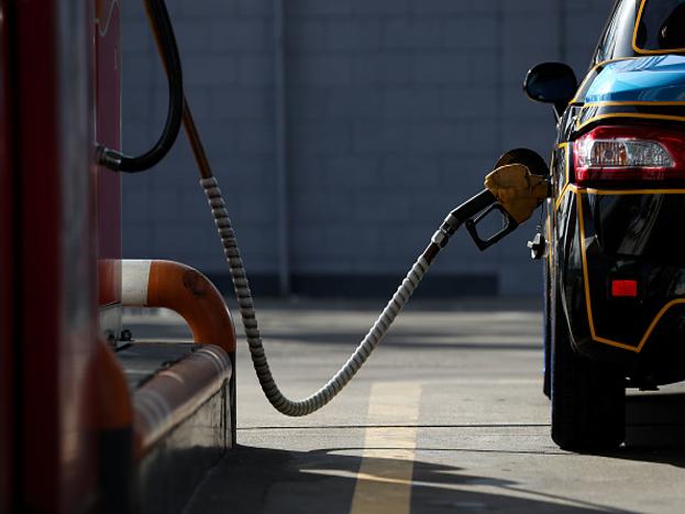 दक्षिण आफ्रिकेतल्य इक्वाडोर इथे पेट्रोलचा भाव 34.65 रुपये प्रति लीटर आहे.