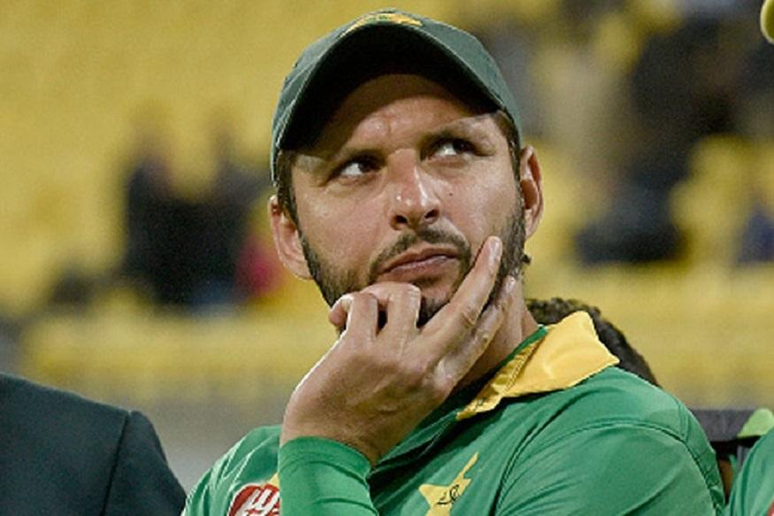 शाहिद आफ्रिदीने निवडलेल्या 11 जणांच्या संघात 5 पाकिस्तानचे खेळाडू असून ऑस्ट्रेलियाचे 4 जण आहेत. तर दक्षिण आफ्रिका आणि भारताच्या केवळ एका खेळाडूचा समावेश आहे.