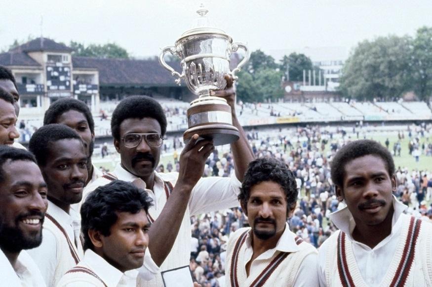 1974 मध्ये संघाचे नेतृत्व क्लाईव्ह लॉइड यांच्याकडे सोपवलं आणि वेस्ट इंडीजच्या क्रिकेटमध्ये बदल झाला. क्लाईव्ह लॉइडने 11 कॅलिप्सो क्रिकेटर्सचे एका संघात रुपांतर केलं. त्यावेळी ऑस्ट्रेलियाविरुद्धच्या पराभवानंतर त्यांनी गोलंदाजांना सांगितलं की तुम्हाला किती धावा हव्यात त्या मी देतो पण मला विजय पाहिजे. आपल्याला जिंकायचं आहे हा विश्वास त्यांनी संघात निर्माण केला.
