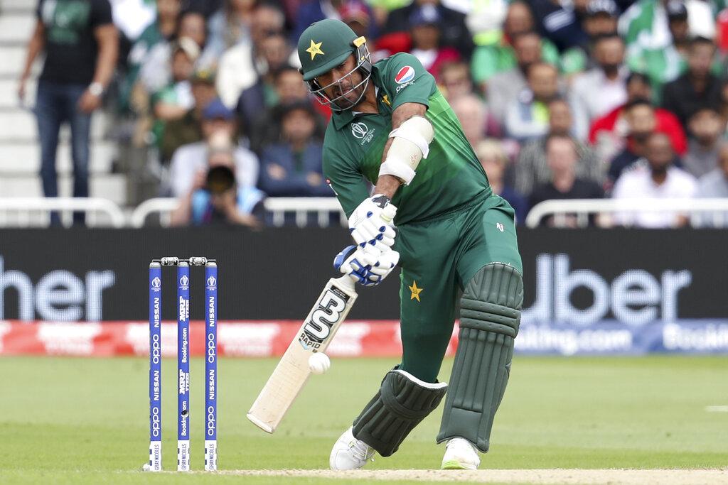 आयसीसी क्रिकेट वर्ल्ड कप 2019 मध्ये पाकिस्तानने पहिल्या सामन्यात केलेल्या 105 धावा या गेल्या 10 वर्षांत कोणत्याही संघाकडून केलेल्या सर्वात कमी धावा आहेत.