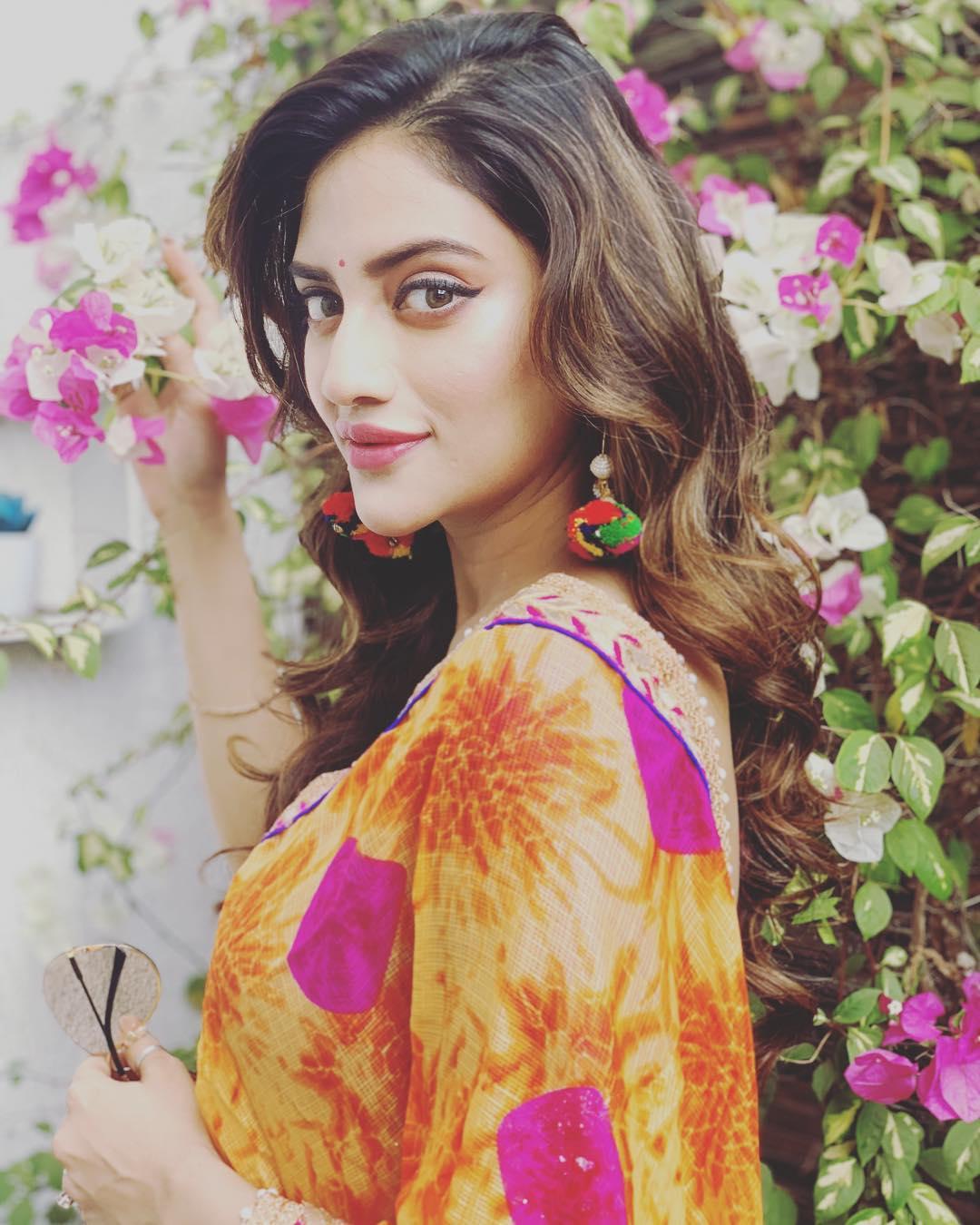 बंगाली अभिनेत्री नुसरत जहाँनं लोकसभा निवडणूक जिंकल्यानंतर ती लग्न करणार असल्याची माहिती तिच्या सोशल मीडिया अकाउंटवरून दिली.