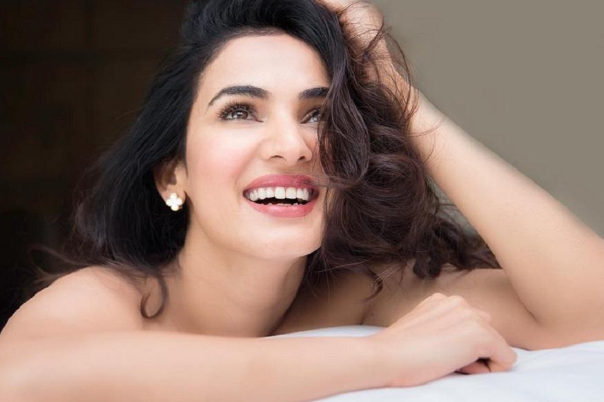 केएल राहुलशी जोडलं आणखी एका अभिनेत्रीचं नाव, तिने दिलं 'हे' उत्तर