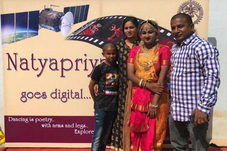 हे पैसे मिळाल्यावर ड्रायव्हरनं  कर्नाटकच्या महादेवपुरा इथल्या जट्टी द्वारकामईमध्ये 15 रुम्सचा बंगला खरेदी केला.