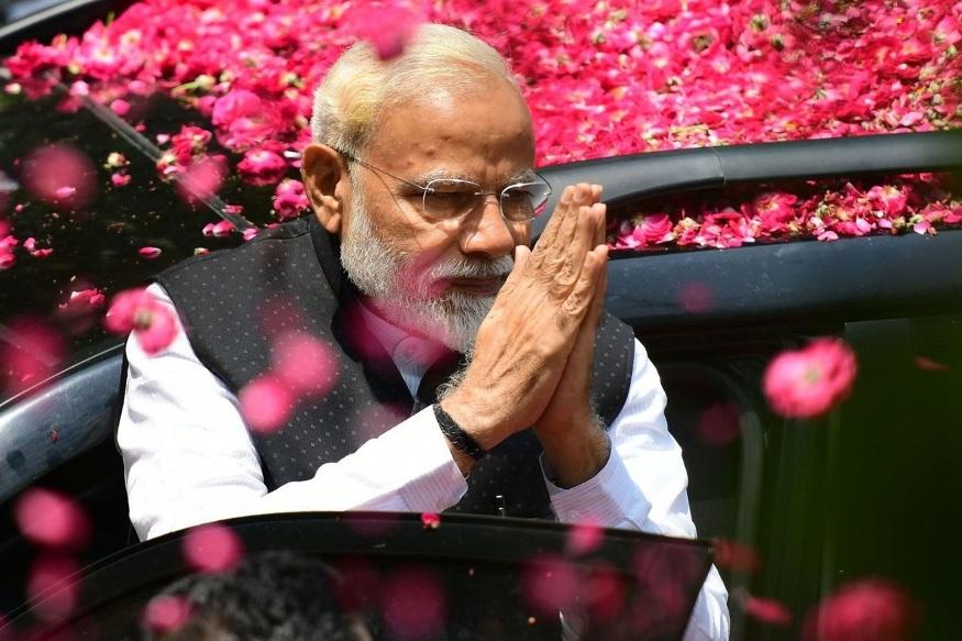 नरेंद्र मोदी दुसऱ्यांदा पंतप्रधानपदाची शपथ घेणार आहेत. त्यामुळे या सरकारमधील नव्या मंत्रिमंडळाबाबत सर्वांना उत्सुकता लागली होती.