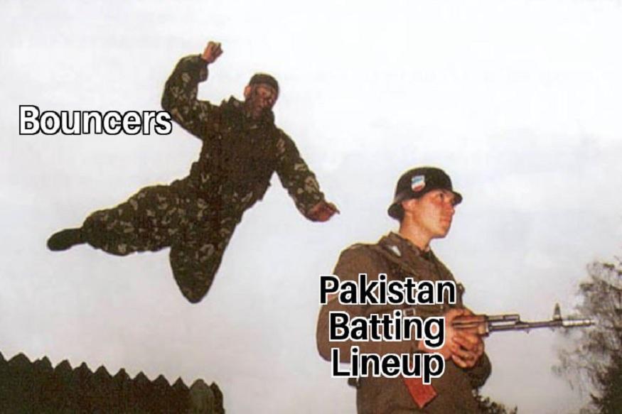 पाकिस्तानकडून फखर जमान आणि बाबर आझम यांनी सर्वाधिक 22 धावा केल्या. पाकिस्तानचा तळाचा फलंदाज वहाब रियाजने केलेल्या फटकेबाजीने संघाचे शतक पूर्ण झाले. रियाजने 11 चेंडूत 2 षटकार आणि  एका चौकारासह 18 धावा केल्या. तर मोहम्मद अमीर 3 धावांवर नाबाद राहिला.