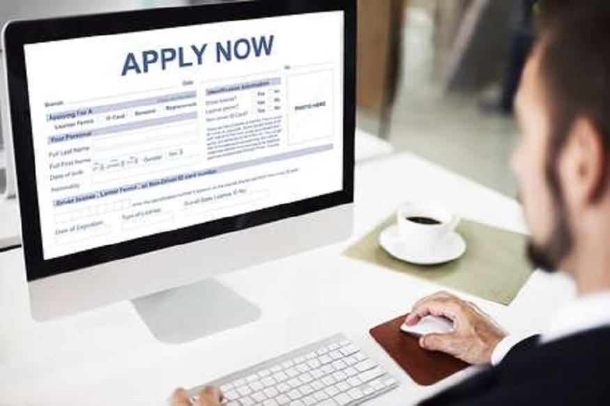 LIC मध्ये नोकरीची मोठी संधी, 8500 जागांवर होणार भरती