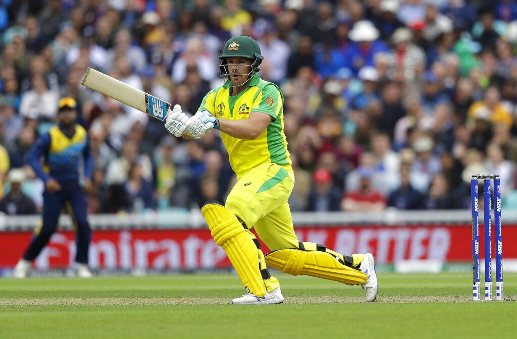इयॉन मॉर्गननंतर ऑस्ट्रेलियाचा कर्णधार अऱॉन फिंच याचा क्रमांक लागतो. त्यानं आतापर्यंत 14 षटकार लगावले आहेत.
