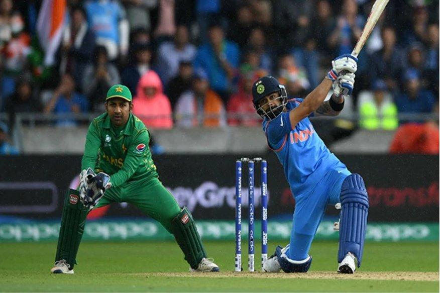 ICC Cricket World Cupcमध्ये 16 जूनला वर्ल्ड कपमधला सर्वात मोठा सामना होणार आहे. भारत आणि पाकिस्तान यांच्यात मॅंचेस्टरच्या मैदानावर हा हायवोल्टेज सामना होणार आहे. या सामन्यावर पावसाचे सावट असले तरी, चाहत्यांची नजर या सामन्यावर आहे.