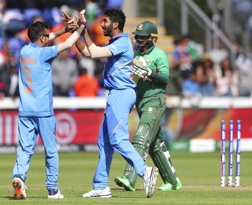 आयसीसी क्रिकेट वर्ल्ड कपच्या पहिल्या सामन्या आधी भारतीय संघ कसून सराव करत आहे. साउथॅम्पटन इथं सराव करत असताना सोमवारी अँटि डोपिंग एजन्सी वाडाने भारतीय गोलंदाज जसप्रीत बुमराहला डोपिंग चाचणीसाठी बोलावलं.