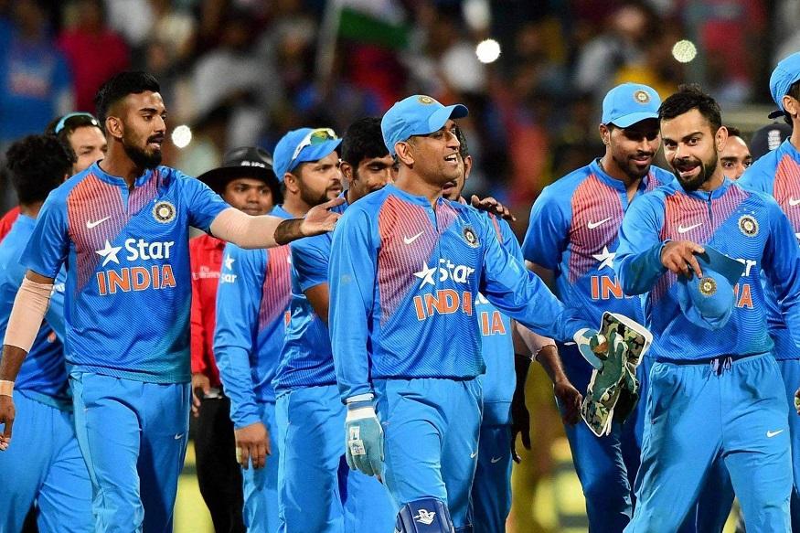 ICC Cricket World Cup 2019 मध्ये कट्टर प्रतिस्पर्धी असलेल्या भारत आणि पाकिस्तान यांच्यात 16 जूनला रविवारी सामना होणार आहे. मँचेस्टरमध्ये होणाऱ्या या सामन्याची फक्त भारत पाकिस्तानचेच नाही तर जगभरातील क्रिकेट प्रेमी वाट बघत आहेत.