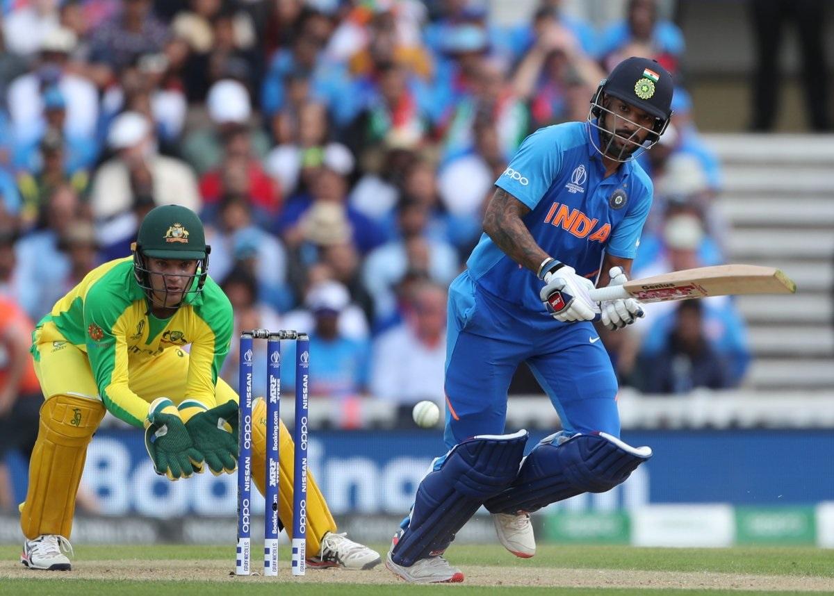 रोहित आणि धवनने केलेली शतकी भागिदारी वर्ल्ड कपमध्ये ऑस्ट्रेलियाविरुद्धची भारताकडून दुसरी मोठी भागिदारी आहे. 1999 मध्ये अजय जडेजा आणि रॉबिन सिंग यांनी ऑस्ट्रेलियाविरुद्ध 141 धावांची भागिदारी केली होती.