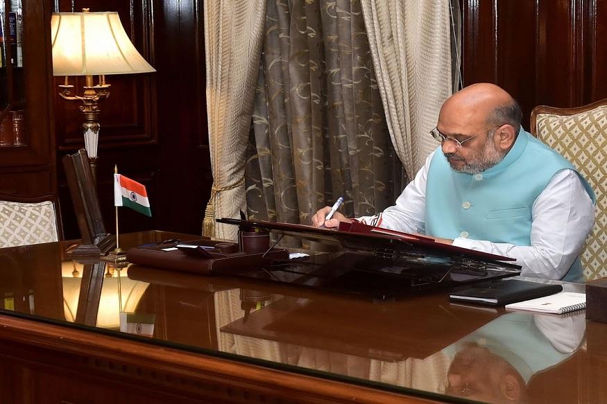 अमित शहांनी गृहमंत्री म्हणून नॉर्थ ब्लॉकमधल्या कार्यालयात कामाला सुरुवात केली.