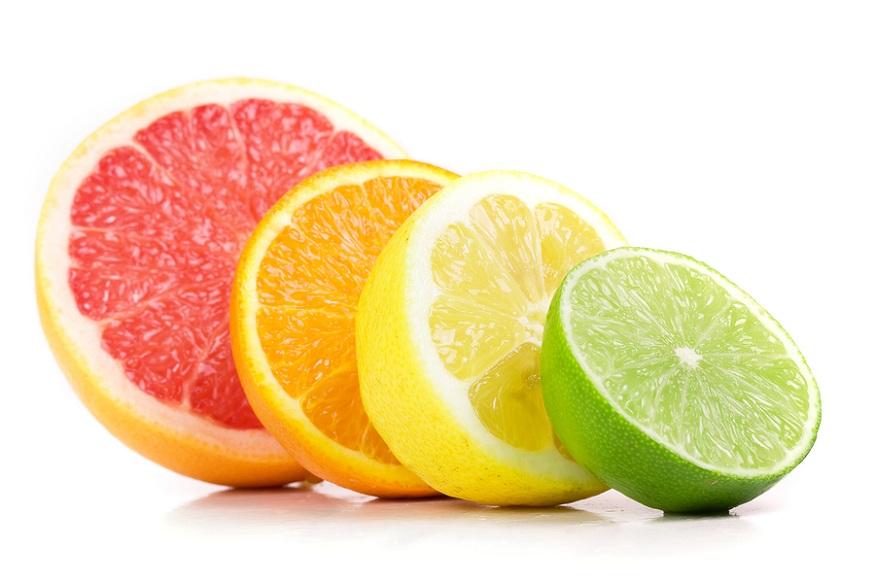 आंबट फळांची प्रकृती अम्लीय असल्यामुळे झोपण्याअगोदर ती खाल्ल्याने ऍसिडिटी होऊ शकते. रात्री आंबट पदार्थ खाल्ल्याने खोकला देखील होऊ शकतो.