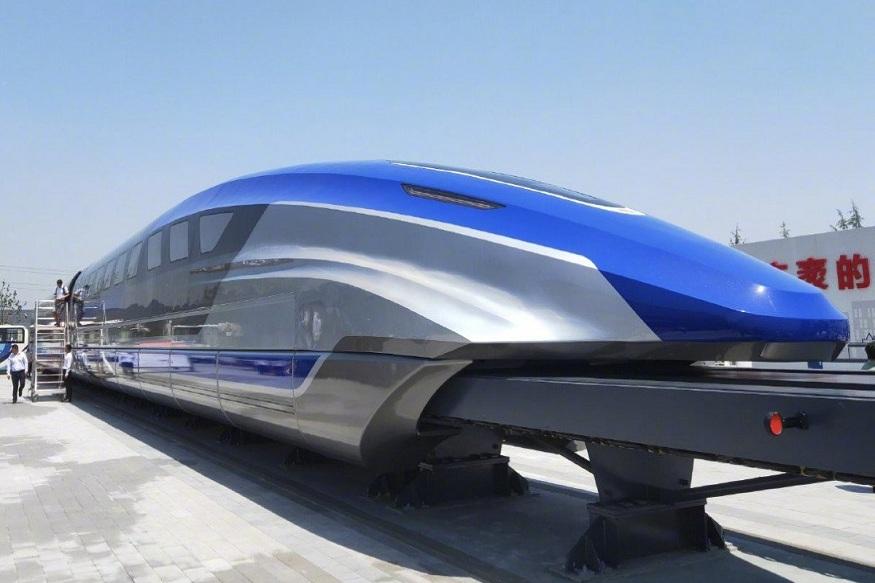 ट्रेन निर्मात्या कंपनीचे चेअरमन जू किंग्ज म्हणतात की, मॅग्नेटिक फोर्स असल्यामुळे पर्वतीय क्षेत्रात या ट्रेनला अतिरिक्त पॉवर मिळेल. पारंपरिक बुलेट ट्रेनच्या तुलनेत मॅग्नेटिक ट्रेनचं कंपन कमी असल्यामुळे आवाजही कमी निर्माण होतो.