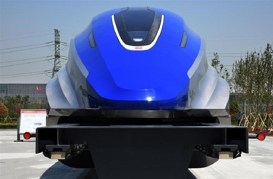 डिंग सांगतात, सद्या कमर्शियल प्लेनचा वेग हा 900 किमी प्रतितास एवढा आहे. ही ट्रेन 2021 मध्ये नव्या मॅग्लोव्ह ट्रेनचं टेस्टिंग सुरू होईल. या ट्रेनची बॉडी अल्ट्रालाईटवेट हाय स्ट्रेंथवाल्या मटेरिअलपासून बनविण्यात आली आहे.