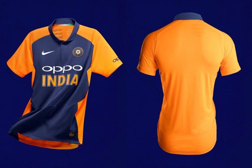 ICC Cricket World Cup स्पर्धेचा महासंग्रामात आता चुरस वाढली आहे. सेमीफायनलला कोणते संघ पोहचतील याचाही अंदाज येऊ लागला आहे. भारताने आतापर्यंत वर्ल्ड कपमध्ये अपराजित राहत गुणतक्त्यात पहिल्या चारमध्ये आपले स्थान कायम राखलं आहे.