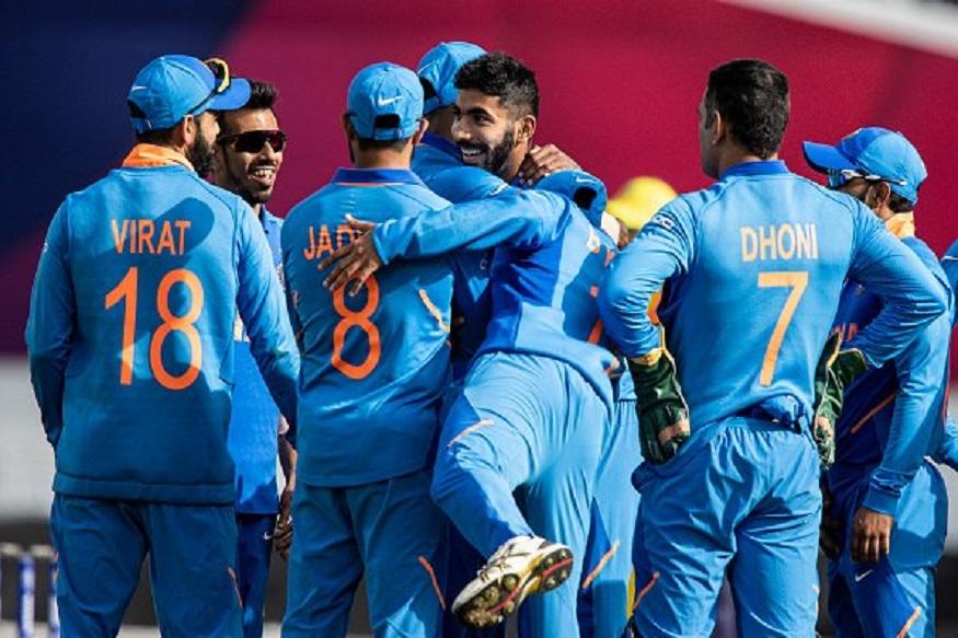 ICC Cricket World Cup 2019 दक्षिण आफ्रिकेनंतर, भारतानं कांगारुंची शिकार केली, त्यामुळं वर्ल्ड कपचा प्रबळ दावेदार असलेला भारतीय संघ सध्या विजय घौडदौडीवर आहे. ऑस्ट्रेलियाविरोधात झालेल्या सामन्यात भारतानं ऑस्ट्रेलियावर वर्चस्व गाजवत 36 धावांनी आपला दुसरा विजय मिळवला. याआधी भारत आणि ऑस्ट्रेलिया 4 वेळा एकमेकांविरोधात भिडत आहेत. यात ज्या संघाना विजय मिळला आहे, तो संघ जगज्जेता झाला आहे.