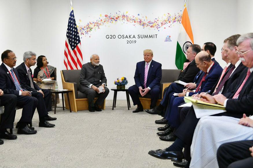 नरेंद्र मोदी पहिल्यांदा पंतप्रधान बनले तेव्हा भारतात अनेक गट सक्रिय होते. पण मोदींनी या सगळ्या गटांना एकत्र आणून काम करायला प्रवृत्त केलं. हे त्यांचं मोठं यश आहे, असं ट्रम्प म्हणाले.