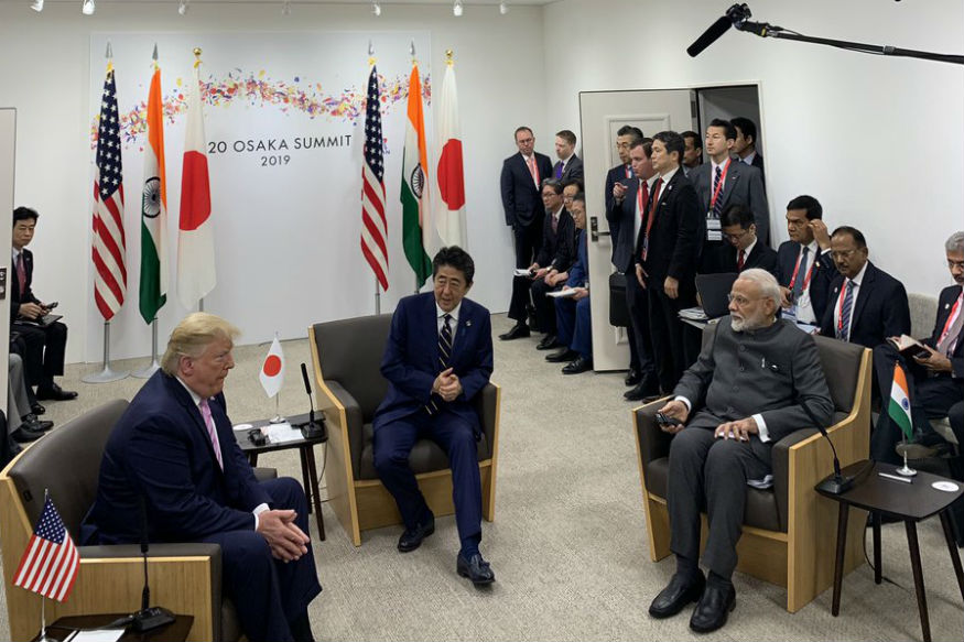 पंतप्रधान मोदींनी भारताला खंबीर नेतृत्व दिलं आहे, असं म्हणत ट्रम्प यांनी मोदींच्या क्षमतांचं कौतुक केलं. G-20 परिषदेत जपानचे मोदींची पंतप्रधान शिंझो आबे यांच्याशीही चर्चा झाली.