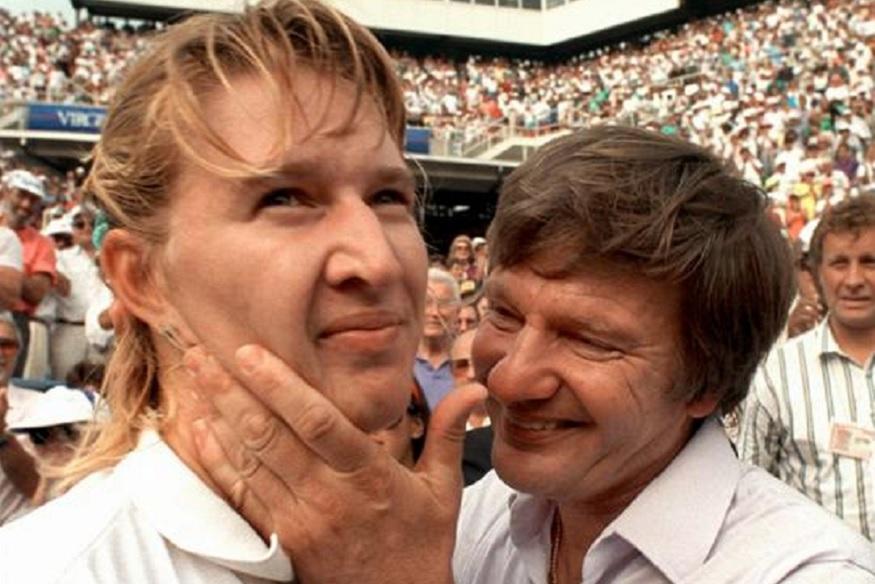 जर्मनीमध्ये त्यावेळी बोरिस बेकर आणि स्टेफी ग्राफ यांना विम्बल्डनमध्ये खेळताना पाहून चाहते म्हणायचे की दोघांनी लग्न केलं पाहिजे. दोघांनीही 1989 मध्ये विम्बल्डनचे विजेतेपद पटकावले होते. एकाच देशाच्या या दोन चॅम्पियननी लग्न करावं अशी चाहत्यांची इच्छा होती.