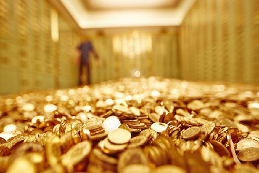 स्थानिक सराफ बाजारात सोन्याचा भाव 590 रुपयांनी वाढला. दहा ग्रॅंम सोनं 34 हजार 800 रुपये किंमतीवर बाजार बंद झाला. सोन्याच्या भावात झालेली वाढ 2019-20 च्या बजेटमध्ये सोनं आणि इतर धातूंवर वाढवण्यात आलेल्या आयात शुल्कानंतर झाली.
