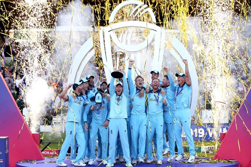ICC Cricket World Cup मध्ये सुपर ओव्हरचा थरारसुद्धा टाय झाल्यानंतर इंग्लंडने चौकार-षटकारांच्या जोरावर विजेतेपद पटकावलं. न्यूझीलंड आणि इंग्लंडने निर्धारीत 50 षटकात 241 धावा केल्या.