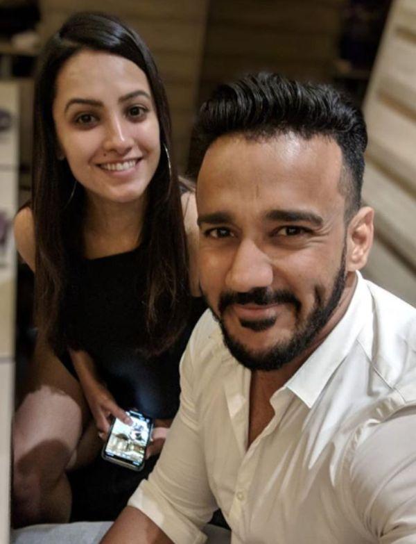 टीव्हीची नावाजलेली अभिनेत्री अनीता हसनंदानी आणि तिचा नवरा रोहिन रेड्डीही या स्पर्धेत प्रेक्षकांचं मनोरंजन करणार आहेत.
