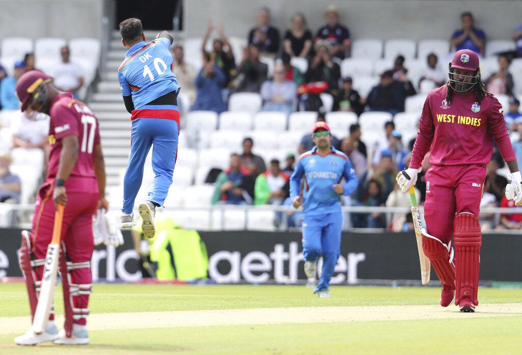 ख्रिस गेलचा शेवटचा वर्ल्ड कप सामना होता. त्यानं फलंदाजी करताना 18 चेंडूत 7 धावा केल्या.