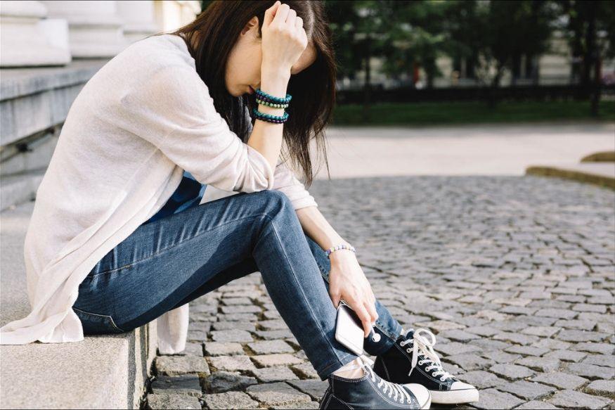सतत जागरणं करताय? अर्धवट झोपेमुळे तरुणांना होऊ शकतो 'हा' गंभीर आजार
