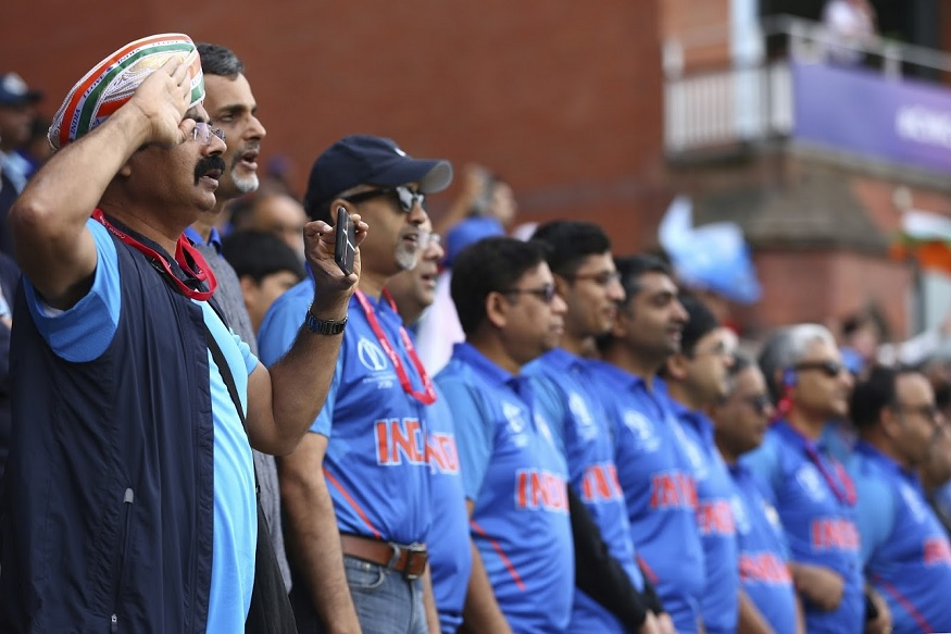 ICC Cricket World Cup मध्ये भारत आणि न्यूझीलंड यांच्यातील सामन्यात पावसामुळे व्यत्यय आला आहे. न्यूझीलंडने नाणेफेक जिंकून प्रथम फलंदाजीचा निर्णय घेतला होता.