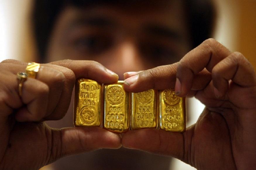 आंतरराष्ट्रीय स्तरावर सोनं 1,420.80 डॉलर प्रति औंस आहे.