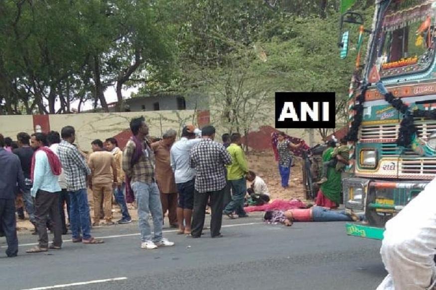 ट्रक-रिक्षाच्या भीषण अपघातात 7 जणांचा मृत्यू, रस्त्यावरच पडून होते प्रवाशांचे मृतदेह