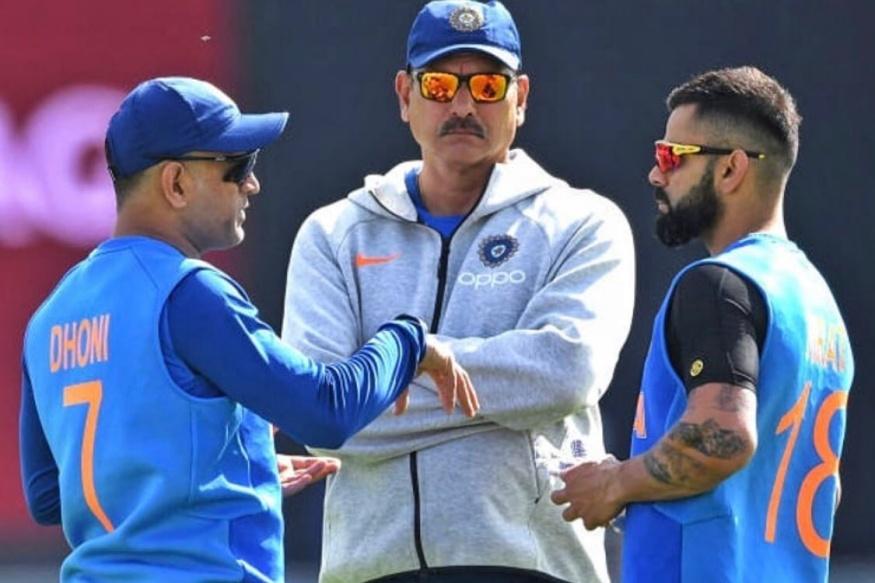 दरम्यान प्रशिक्षकासाठी बीसीसीआयनं अर्ज करणाऱ्यांचे वय हे 60 पेक्षा कमी असावे आणि त्या उमेदवाराला किमान 2 वर्षांचा आंतरराष्ट्रीय क्रिकेटचा अनुभव अशी अट ठेवण्यात आली आहे.