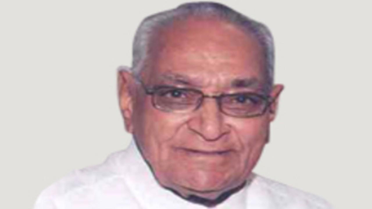 मोतीलाल व्होरा : 90 वर्षांचे मोतीलाल व्होरा हे मध्य प्रदेशचे मुख्यमंत्री होते. ते सध्या काँग्रेसचे हंगामी अध्यक्ष आहेत.